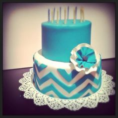 Teal chevron cake with ruffle flower by Cupcake et Macaron Montreal