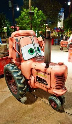 Cars Land at Disney California Adventure has solidified its place as one of the most popular theme park lands at Disneyland Resort, with guests rushing to Disneyland Rides, Disneyland Secrets, Disney Rides, Disneyland Resort, Disney Fun, Disneyland 2016, Disney Magic, Disney Pixar, Travel