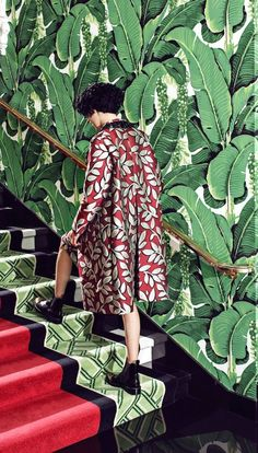 This wallpaper, the coat! photo by Juco at Greenbrier Resort Style retro Chinoiserie Elegante, Foto Flash, Creative Fashion Photography, Film Photography, Deco Nature, Illustration Mode, Textiles, Leaf Prints, Mixed Prints