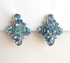 Vintage Blue Crystal Floral Silver Clip On Earrings, Vintage Costume Jewelry, Multi Stone Bridal Earrings Something Blue Wedding Earrings https://etsy.me/2H5chOM #jewelry #earrings #blue #wedding #silver #women #glass #earlobe