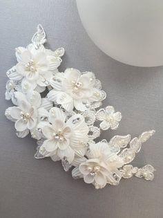 Lace Pearl Wedding Clip, Pearl & Fabric Bridal Comb, Bridal Hair Comb Side Comb, Hair Accessories Wedding Comb for Bride TC-2221