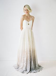 Taylor // A DipDyed Lace Wedding Gown por Truvelle en Etsy