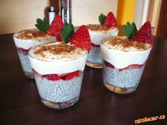 Healthy Sweets, Healthy Recipes, Chia Puding, Healthy Life, Healthy Eating, Czech Recipes, Trifle, Granola, Smoothies