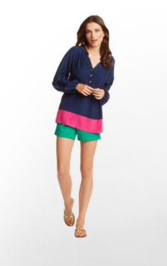 Navy and hot pink is one of my fave color combos. This shirt is spot-on.