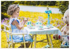 Sedinte foto copii, Alice Wonderland #alicewonderland #sedintefotocopii #kidsphotosession #studiofoto #sedintefoto #fotocopii Girls Dresses, Flower Girl Dresses, Photo Sessions, Alice In Wonderland, Studio, Wedding Dresses, Kids, Fashion, Dresses Of Girls