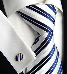 Navy Blue Wedding - tie for Jon or the Groomsmen? Sharp Dressed Man, Well Dressed Men, Mens Attire, Mens Suits, Vetements Shoes, Jw Mode, Herren Style, Gq Style, Suit And Tie