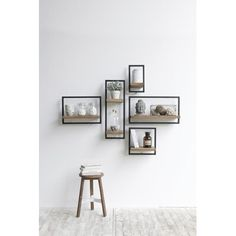 Old wood Now available - Mobel Diy - Wohnen - Shelves in Bedroom Diy Wall Decor, Diy Home Decor, Bedroom Decor, Decor Room, Small Wall Decor, Frame Wall Decor, Simple Apartment Decor, Plant Wall Decor, Creative Wall Decor