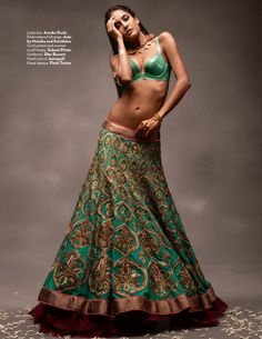 Lisa Haydon as a sexy modern Indian bride for Vogue India - Indian Wedding Site Home - Indian Wedding Site - Indian Wedding Vendors, Clothes, Invitations, and Pictures. Lisa Haydon, India Fashion, Asian Fashion, Look Fashion, Fashion Shoot, Modern Fashion, Fashion Tips, Outfit Essentials, Bollywood Bridal