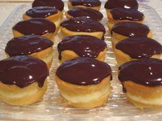 mini boston cream pie cupcakes