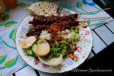 Gado-gado & Sate-kambing (Nasi-rames +kerupuk)