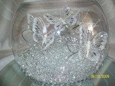 Las mariposas nunca pasarán de moda y son el tema perfecto para usarse en una fiesta. Toma nota de estas lindas ideas para crear bellos cen...