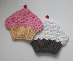 Pattern to purchase - crochet cupcake potholder pattern Crochet Cupcake, Crochet Food, Love Crochet, Crochet Crafts, Yarn Crafts, Crochet Projects, Sewing Crafts, Knit Crochet, Crochet Kitchen