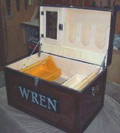 tack trunk with medicine cabinet, bandage holder and bit bar