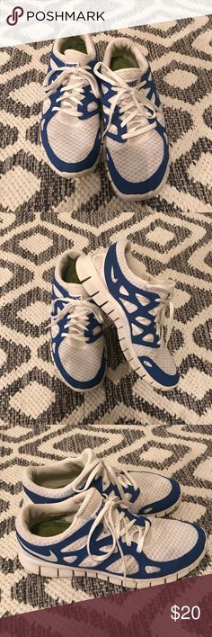 Women's Nike Free sneakers Size 9 women's Nike Free running shoes. Super comfortable. Excellent condition. Nike Shoes Sneakers