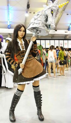 Awesome steamdress cosplay and hobby horse! - 15 Alice: Madness Returns Cosplays