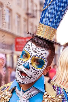 Suliman Nawid with his Blue Matador costume. Photo taken at the 2011 How Weird…