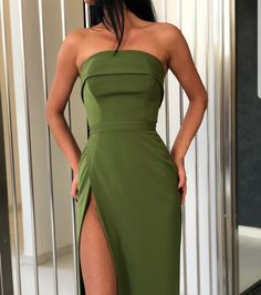 Swans Style is the top online fashion store for women. Shop sexy club dresses, jeans, shoes, bodysuits, skirts and more. Ball Dresses, Ball Gowns, Prom Dresses, Formal Dresses, Dress Prom, Elegant Dresses, Pretty Dresses, Beautiful Dresses, Glamouröse Outfits