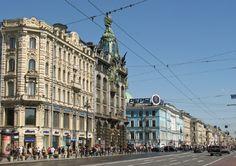 Der Newskij Prospekt ist die Flaniermeile von Sankt Petersburg.