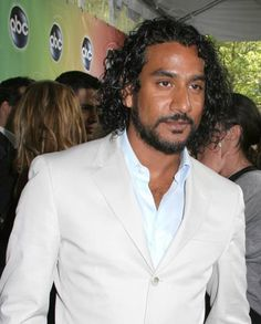 Naveen Andrews~ Sigh........... I Love his curly hair~