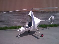 Single Person Electric Helicopter by Richard Blazecka of New Wave Transport 6145-104 St North Delta, BC Canada