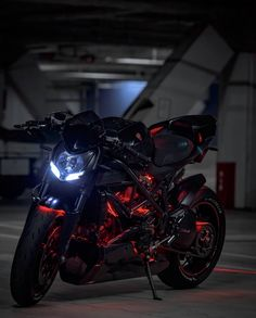 Bobber motorcycle kawasaki motorbikes Ideas for Bobber Motorcycle, Moto Bike, Street Fighter Motorcycle, Motorcycle Camping, Women Motorcycle, Camping Gear, Filles Monster Energy, Kawasaki Motorbikes, Er6n