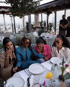 Black Girl Magic, Black Girls, Bougie Black Girl, Vintage Black Glamour, Beautiful Black Girl, Black Luxury, Brown Skin Girls, Black Girl Aesthetic, Best Friend Goals