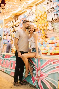 State fair, summer date, summer outfit, summer style, couples photoshoot id Carnival Photography, Fair Photography, Image Photography, Lifestyle Photography, Couple Photography, Wedding Photography, Fair Pictures, Cute Couple Pictures, Couple Pics