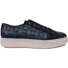 8473 Zapato deportivo tipo bamba en piel trenzada de color azul de Calce con el piso de goma blanco | Calzados Garrido