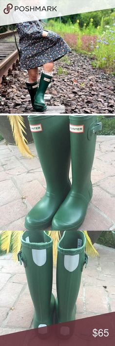 NWOT Hunter // Green Rainboots A classic finish perfects a puddle-proof rubber boot equipped with a traction-gripping sole. The Hunter Rainboots are youth size 5 boys/6 girls and run slightly large. They are new in perfect condition and could fit an adult foot. They have reflective patches on the back for safety and are slightly shorter than the reg adult version. Color is Hunter Green. Hunter Boots Shoes Winter & Rain Boots