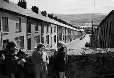 54 retro black and white images which will take you right back to Wales in the 70s - Wales Online