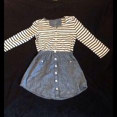 Levi's denim skirted dress rarely worn size small Levi's striped shirt denim skirt outfit size small Levi's Dresses Midi