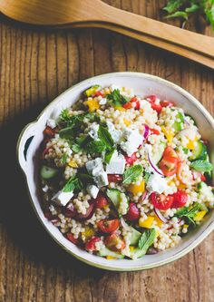 Savor summer with this quick and easy summer vegetable couscous salad. Vegetable Couscous, Couscous Salad, Healthy Salad Recipes, Vegetarian Recipes, Cooking Recipes, Orzo, Clean Eating, Healthy Eating, Quinoa