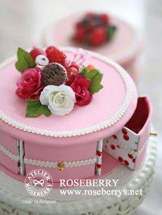 cakebox17-2