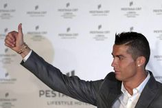 كريستيانو يحصد جائزة أفضل لاعب بدوري أبطال أوروبا - يوروسبورت عربية