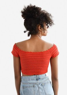 Crochet off shoulder boatneck top with cap sleeves, scalloped edges and a cropped length. Delicately hand crocheted with pure cotton yarn. SIZES: S: Width: / , Length (neckline to bottom): / M: Width: 34 cm / Length (neckline to bottom): / Crochet Bandeau Tops, Crochet Summer Tops, Crochet Crop Top, Crochet Blouse, Hand Crochet, Crochet Bikini, Free Crochet, Crochet Off Shoulder Top, Crop Top Pattern