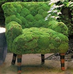 A moss chair. ooo imagine a tea party outside with many many moss chairs. and moss tables! and moss tea cup plates.