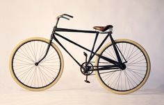 Bicycle made of carbon strands (by Tjeerd Veenhoven) Velo Vintage, Vintage Cycles, Dutch Bike, Push Bikes, Bicycle Parts, Bicycle Race, Bike Rides, Cycling Gear, Cycling Jerseys
