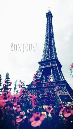 Find images and videos about flowers, paris and france on We Heart It - the app to get lost in what you love. Tour Eiffel, Torre Eiffel Paris, Paris Eiffel Tower, Eiffel Tower Photography, Paris Photography, Beautiful Paris, I Love Paris, Wallpaper Backgrounds, Iphone Wallpaper