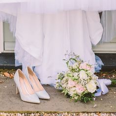 Ahhhhh! If I could photograph shoes in my spare time is be seriously happy. #weddingshoes