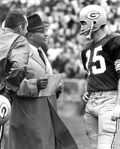 Bart Starr - Green Bay Packers - File Photos  Green Bay Packers quarterback Bart Starr (15) confers with head coach Vince Lombardi, both members of the Pro Football Hall of Fame, circa the mid-1960s. (Photo by Vernon Biever/NFL)