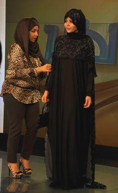 SHADESANDCOFFEE: INSIGHT: PROJECT ABAYA.. WELCOME TO THE MID EAST Kaftan Abaya, Kaftans, Turban, Abaya For Sale, Arabian Costume, Black Abaya, Hijab Ideas, Abaya Dubai, Abaya Designs