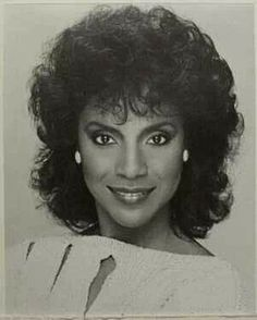 Phylicia Rashad - Award Winning actress of Stag & Film. My Black Is Beautiful, Most Beautiful Women, Simply Beautiful, Beautiful People, Vintage Black Glamour, Vintage Beauty, Classic Beauty, Timeless Beauty, Black Beauty