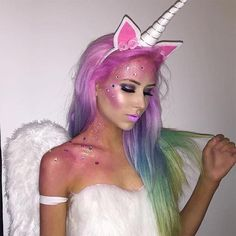 Amazing last-minute easy Halloween makeup ideas! I love this unicorn makeup tutorial for Halloween! Looks Halloween, Halloween Inspo, Halloween 2017, Happy Halloween, Halloween Party, Adult Halloween, Halloween Ghosts, Funny Halloween, Unicorn Halloween Costume