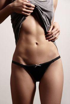 1日10秒でOK!ぺたんこお腹を作る体幹トレーニング - Locari(ロカリ) Fitness Diet, Yoga Fitness, Thing 1, Sport Body, Body Motivation, Bikini Bodies, Perfect Body, Sexy Body, Fitspiration