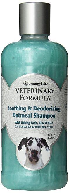 SynergyLabs Veterinary Formula Soothing and Deodorizing Oatmeal Shampoo with Baking Soda, Zinc and Aloe Vera