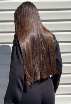 Beautiful Long Hair, Gorgeous Hair, Medium Hair Styles, Curly Hair Styles, Natural Hair Styles, Blunt Hair, Long Silky Hair, Mode Poster, Hair Shades