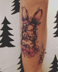#neuestattoo #tattooedwomen #tattoo #rabbitsoninstagram #rabbit #hase #inkedgirl