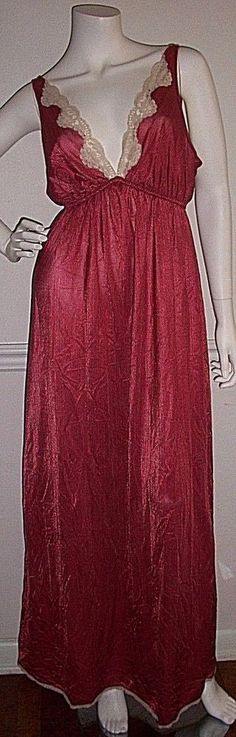 Vintage JCPenney Sleepwear Long Nightgown Dress V Neck Lace Pink Women's #JCPenney