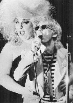 Stiv Batorsand DivineatCBGB's, New York City, May 1978
