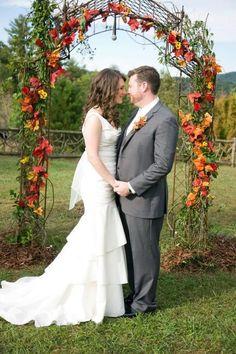 46 Outdoor Fall Wedding Arches